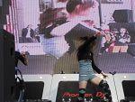 2009DJ大赛现场热舞表演照片