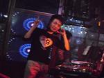 DJ小烨苏荷酒吧现场打碟照片2