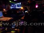 在88酒吧DJ台正面特写