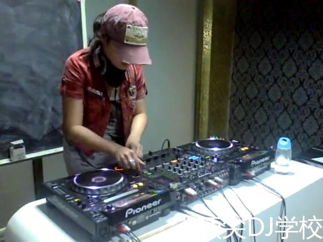 2010年全国DJ大赛吴筱芳比赛视频