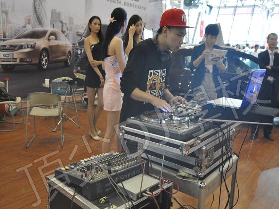 DJ刘阳 车展绚丽现场