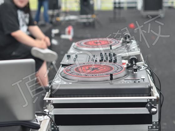 音乐节指定设备