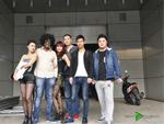 学校老师学员与国外DJ合影