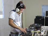 学校内部混音交流赛——DJ学员戴鹏