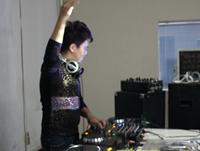 学校内部混音交流赛——DJ学员王志国