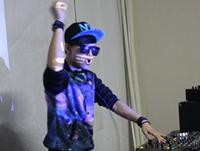 学校内部混音交流赛——DJ学员季晓丹