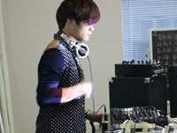 学校内部混音交流赛——DJ学员刘路