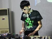 学校内部混音交流赛——DJ学员马海龙