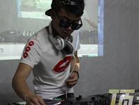 学校内部混音交流赛——DJ学员李超