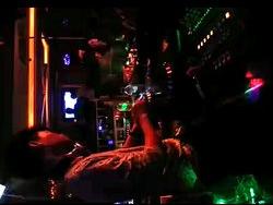 顶尖学员DJ阿灿酒吧做场打碟视频