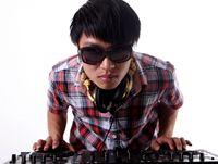 顶尖DJ学员谢秋近