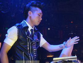 DJ刘阳酒吧现场MIDI控制器应用