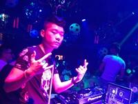 顶尖DJ学员张强TANG CLUB做场照片