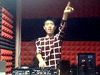 顶尖DJ学员柴富House接歌练习视频