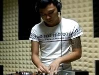 顶尖DJ学员吴悦D阶段House接歌练习