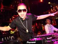 DJ李世伟新年祝福顶尖DJ培训