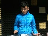 顶尖DJ学员小东机房练习照片
