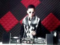 顶尖DJ学员刘振华D阶段House接歌练习
