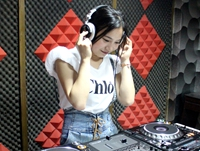 安徽芜湖DJ学员周姿珊机房照片