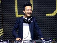 重庆DJ学员李志机房照片