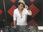 新疆DJ学员曾雪峰机房照片