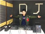 北京DJ学员武鹏飞机房照片
