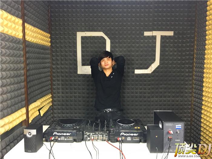 湖北顶尖DJ学校学员董建伟E阶段考试