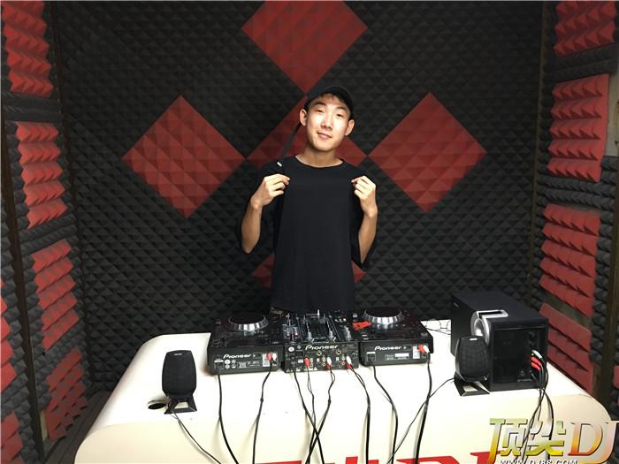 吉林顶尖DJ学校学员彭源浩毕业考试
