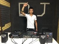 合肥DJ学员胡奥运机房照片