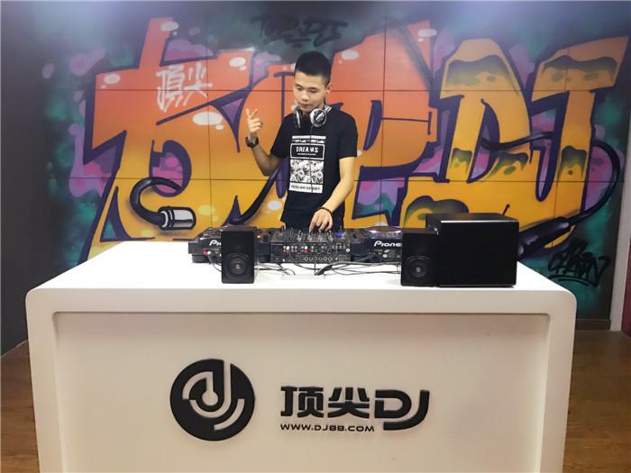 江苏顶尖DJ学校学员倪海龙D阶段考试