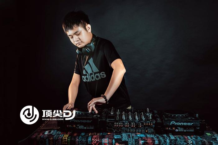 顶尖DJ学校李辉E阶段考试