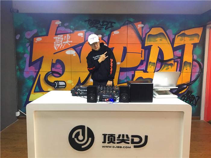 安徽顶尖DJ学校学员钱邦豪E阶段考试