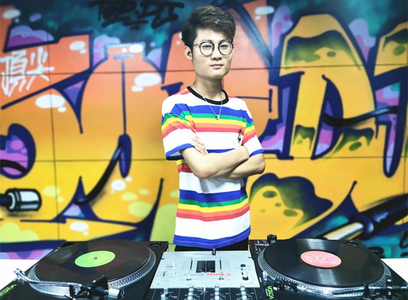 安徽顶尖DJ学校学员吴家季毕业考试